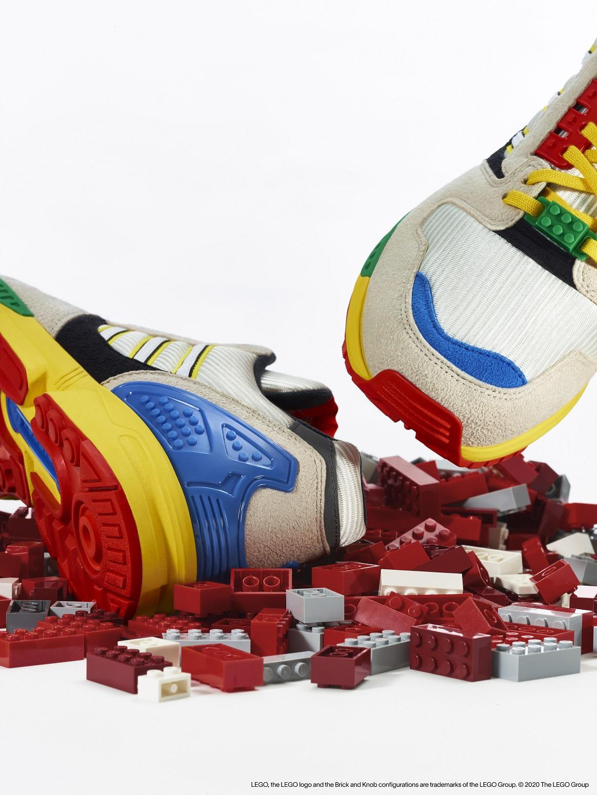 Link a LEGO adidas ZX8000_3