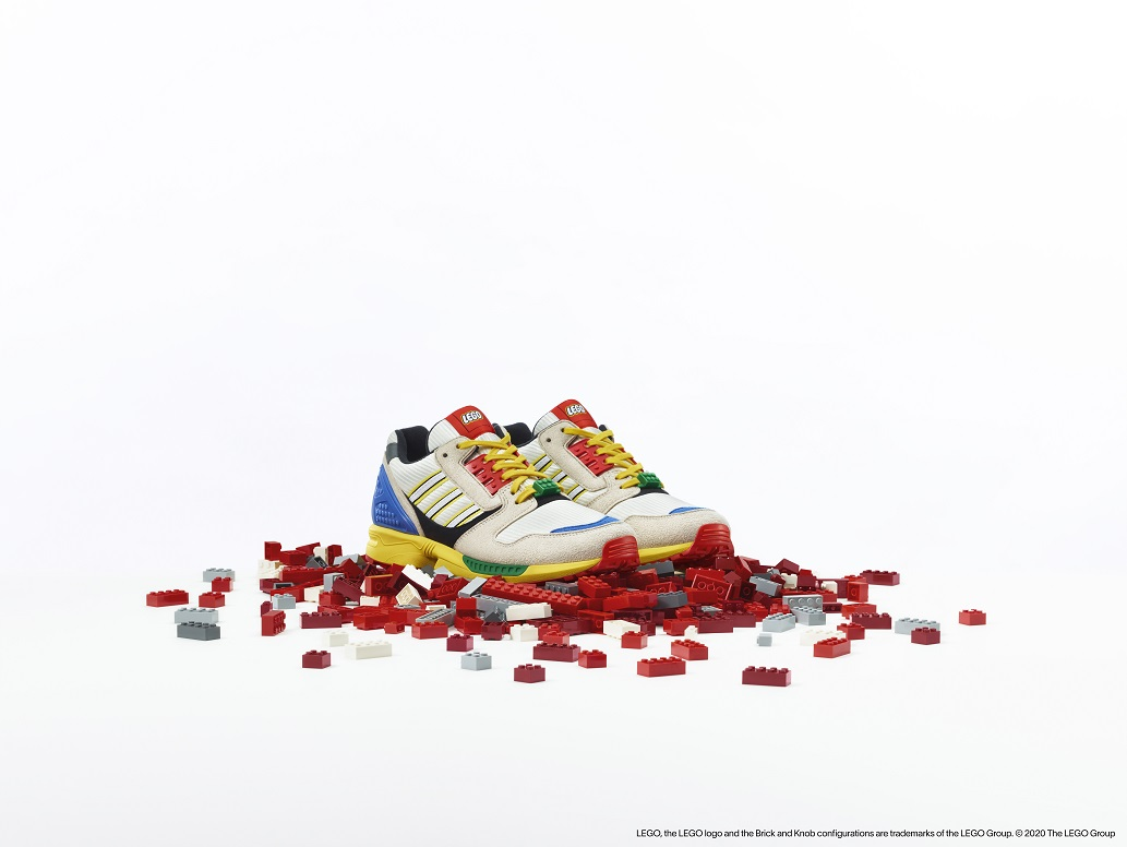 Link a LEGO adidas ZX8000_4