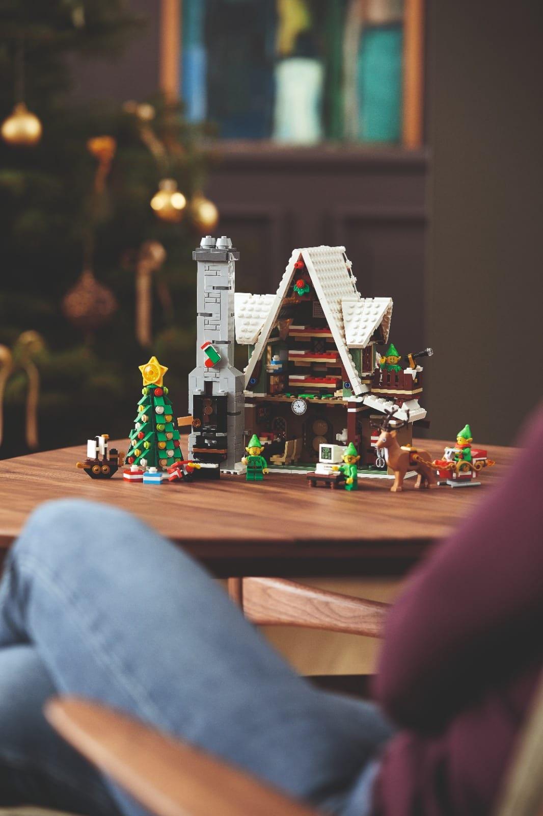 Link a Lego_Elf_house-17