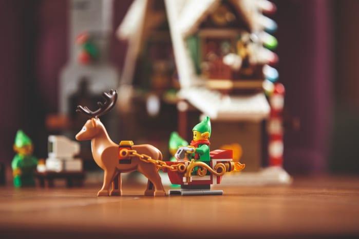 Link a Lego_Elf_house-5