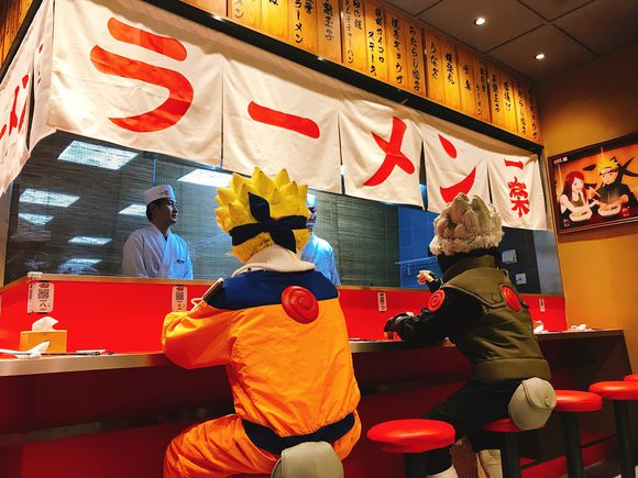 Link a Naruto_Ichiraku_Ramen_Official_Opening- (4)