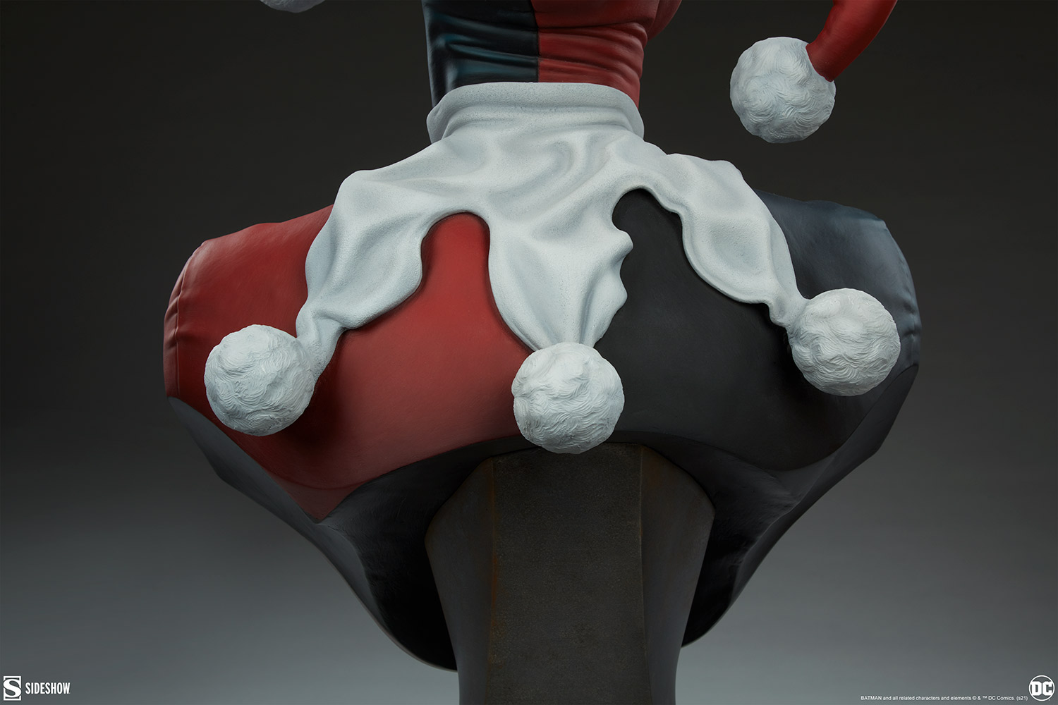 Link a Harley Quinn – Life – Size – Bust- Sideshow – (10)