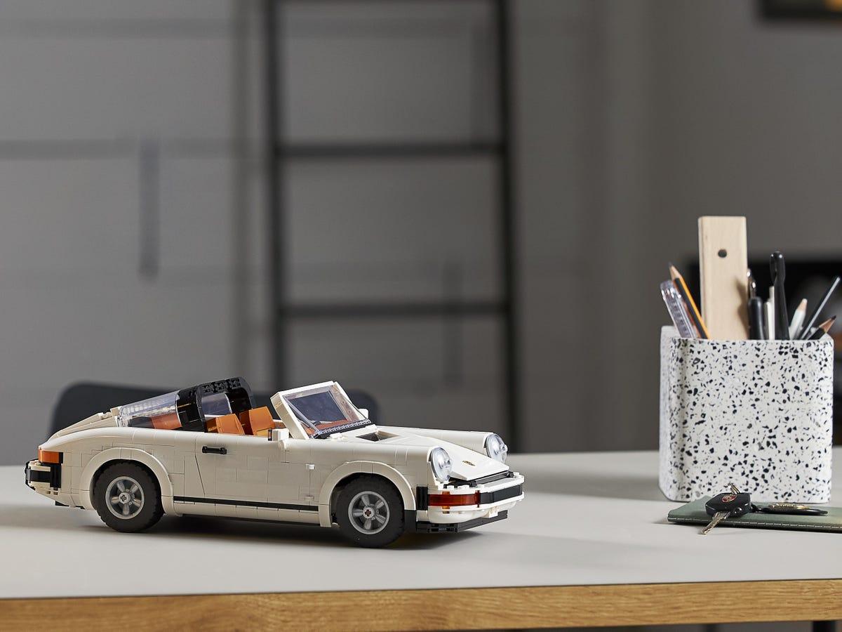 Link a Porsche 911 LEGO CREATOR – 1 (10)