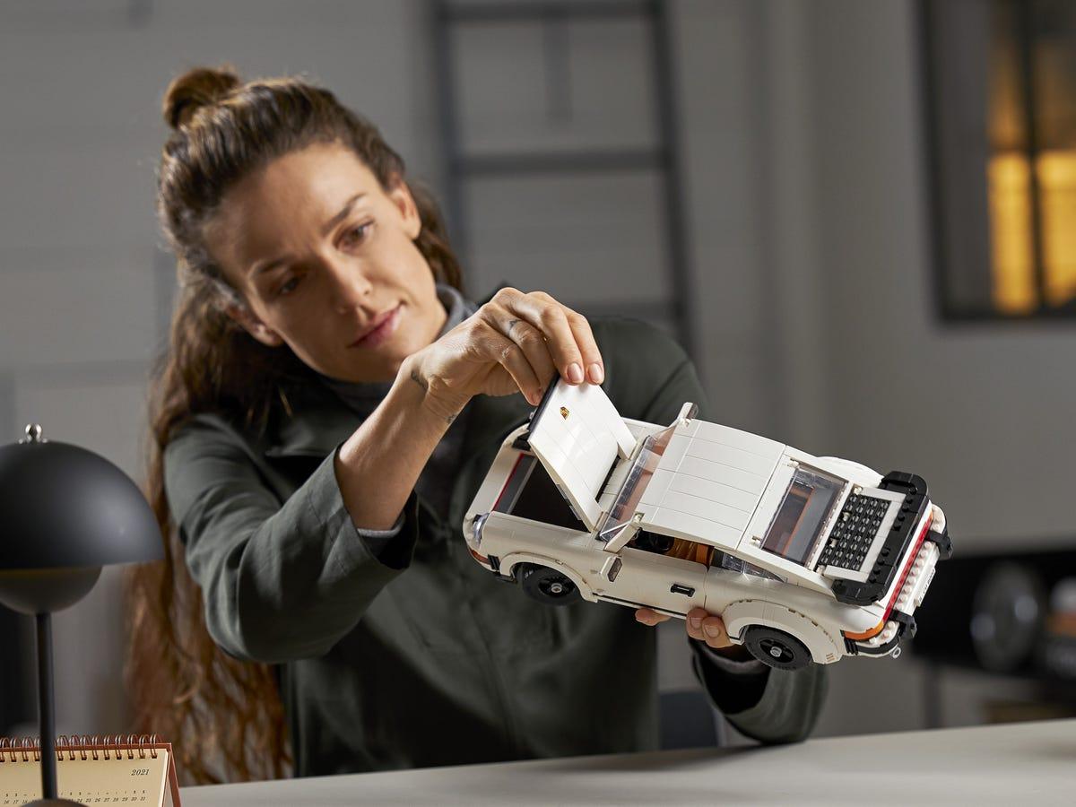 Link a Porsche 911 LEGO CREATOR – 1 (12)