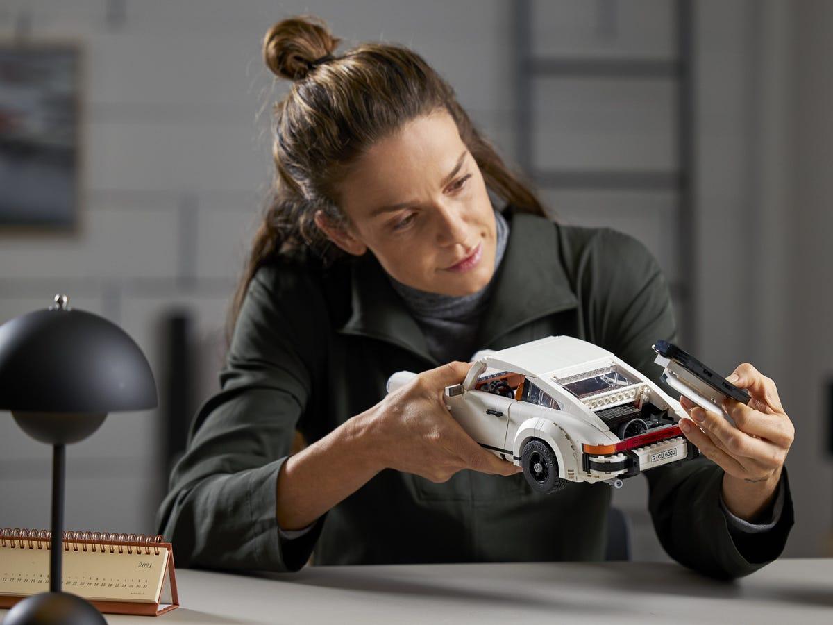 Link a Porsche 911 LEGO CREATOR – 1 (14)