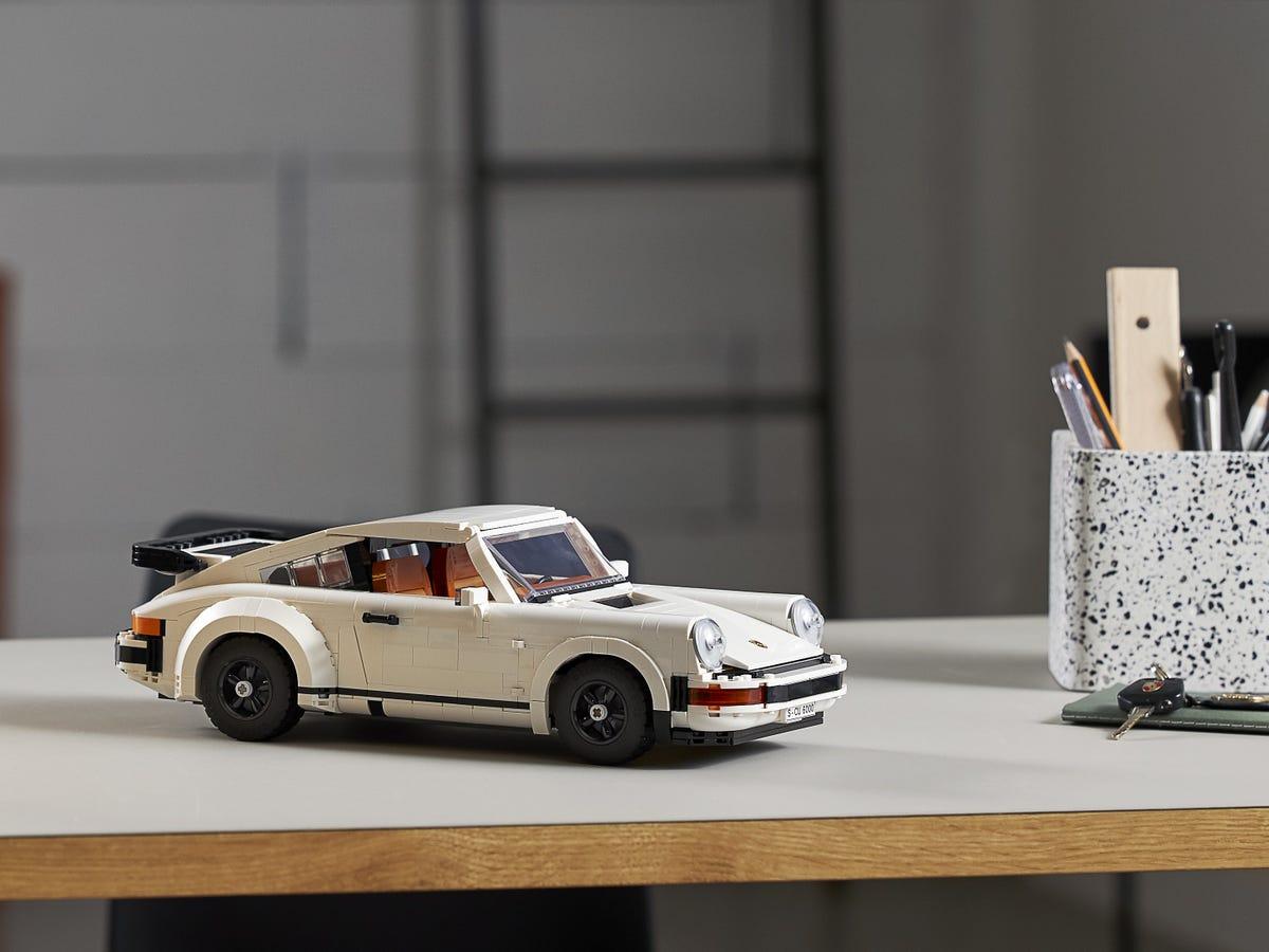 Link a Porsche 911 LEGO CREATOR – 1 (9)