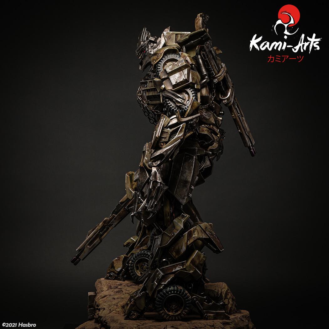 Link a Transformers – Megatron – Kami Arts – Statue – (4)