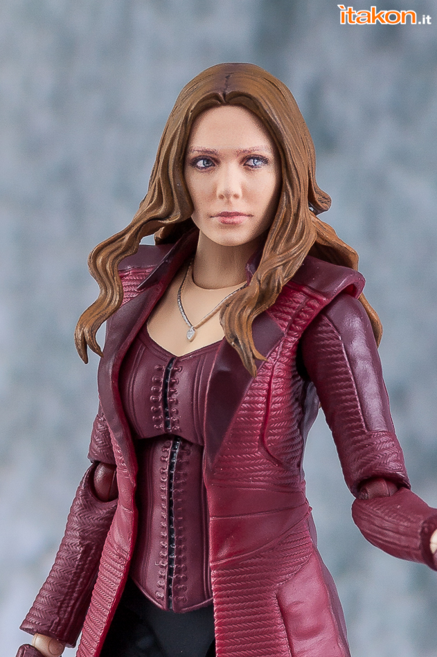 Link a Scarlet Witch_Sh_Figuarts_Bandai_Avengers_Endgame_Recensione_Review- (16)