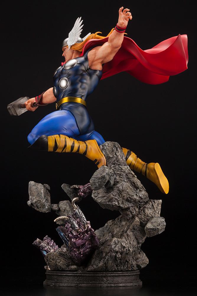 Link a Thor_Fine_Art_Statue_Kotobukiya_Marvel- (4)