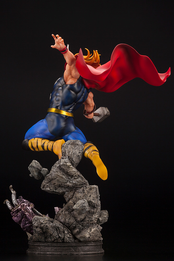Link a Thor_Fine_Art_Statue_Kotobukiya_Marvel- (5)