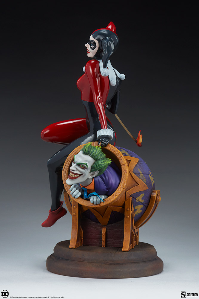 Link a Harley-Quinn-and-The-Joker-Diorama-Sideshow-DC-Statue- (3)