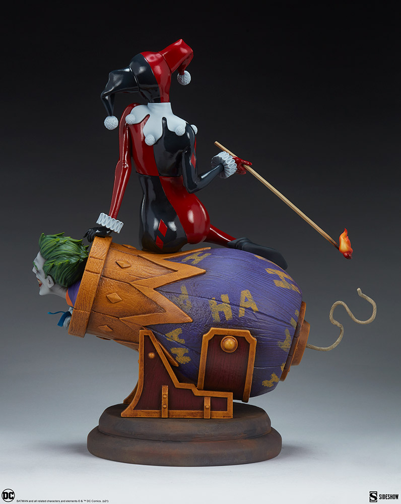 Link a Harley-Quinn-and-The-Joker-Diorama-Sideshow-DC-Statue- (4)