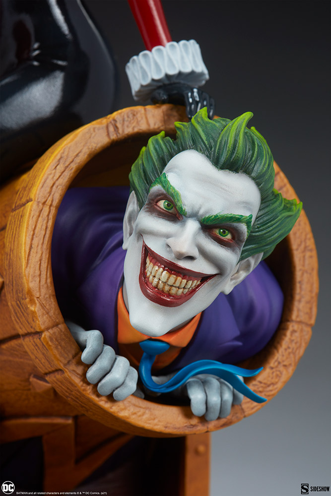 Link a Harley-Quinn-and-The-Joker-Diorama-Sideshow-DC-Statue- (9)