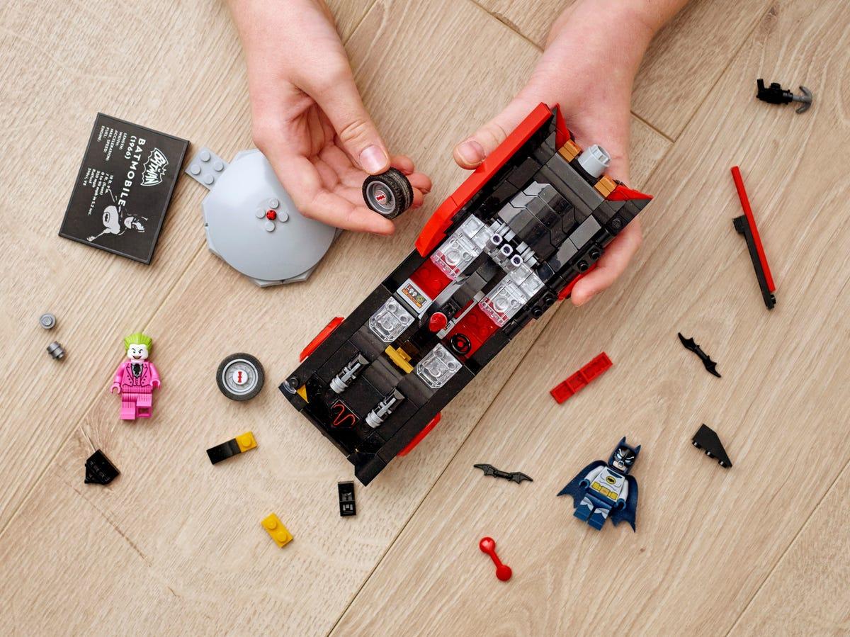 Link a Lego_Classica Batmobile™ di Batman™ della serie TV – (3)