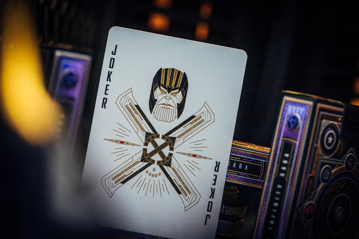 Link a Theory11_Avengers_Card_Carte da gioco (6)