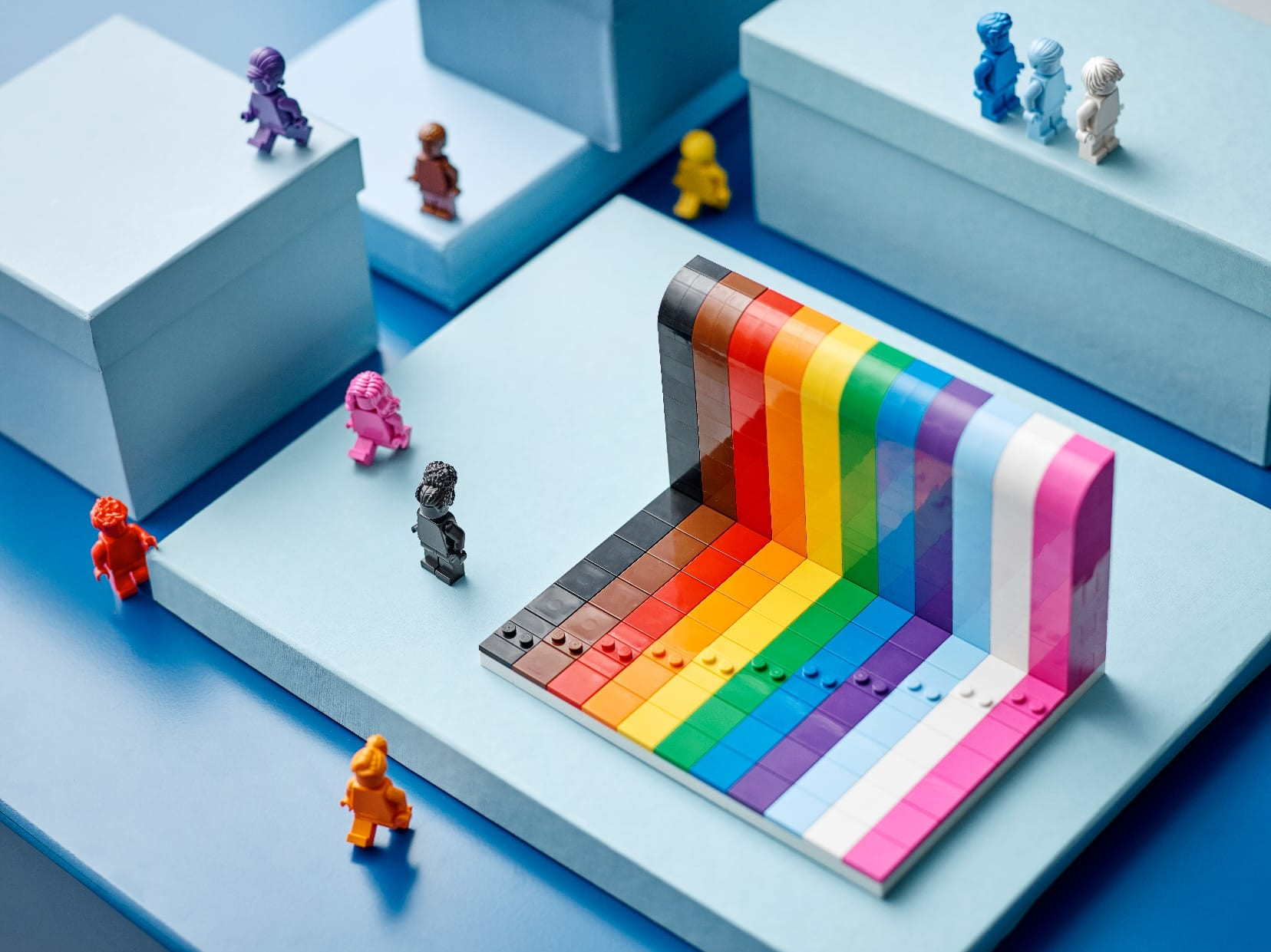 Link a LEGO Everyone is Awesome Il set 40516 celebra il Pride Month – (1)