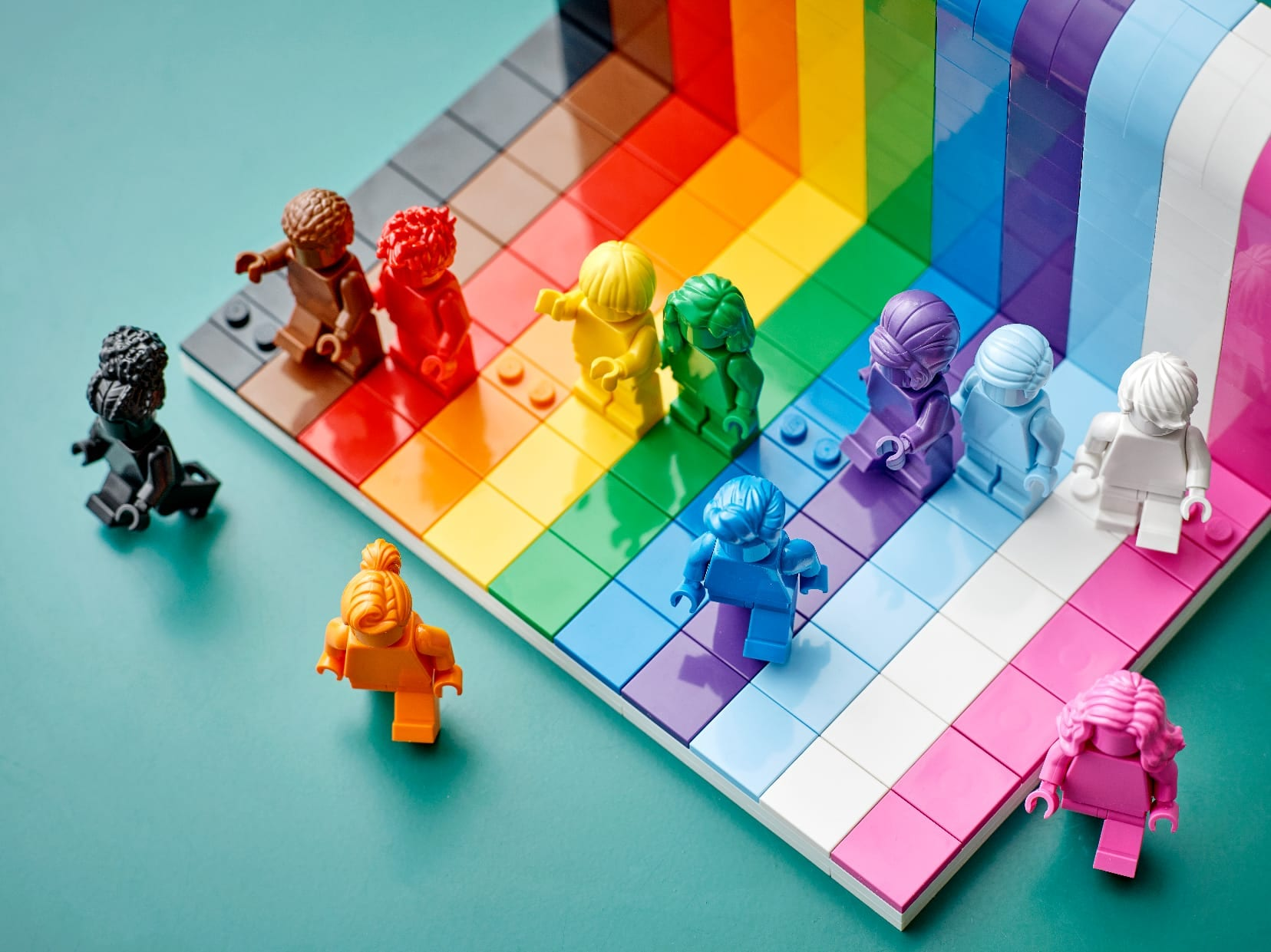Link a LEGO Everyone is Awesome Il set 40516 celebra il Pride Month – (12)