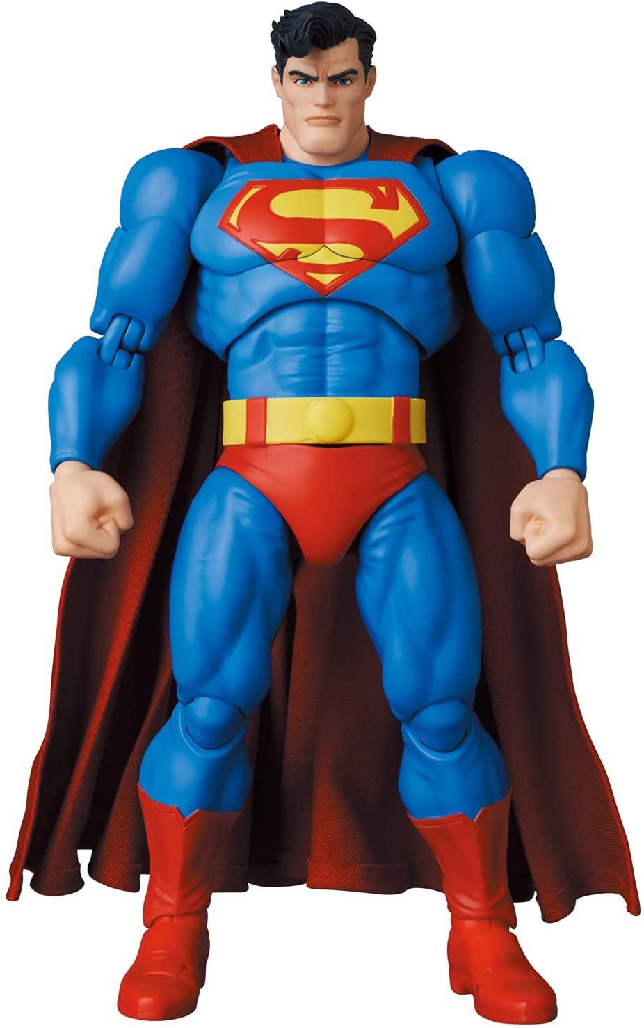 Link a Medicom_TDKR_Superman_02