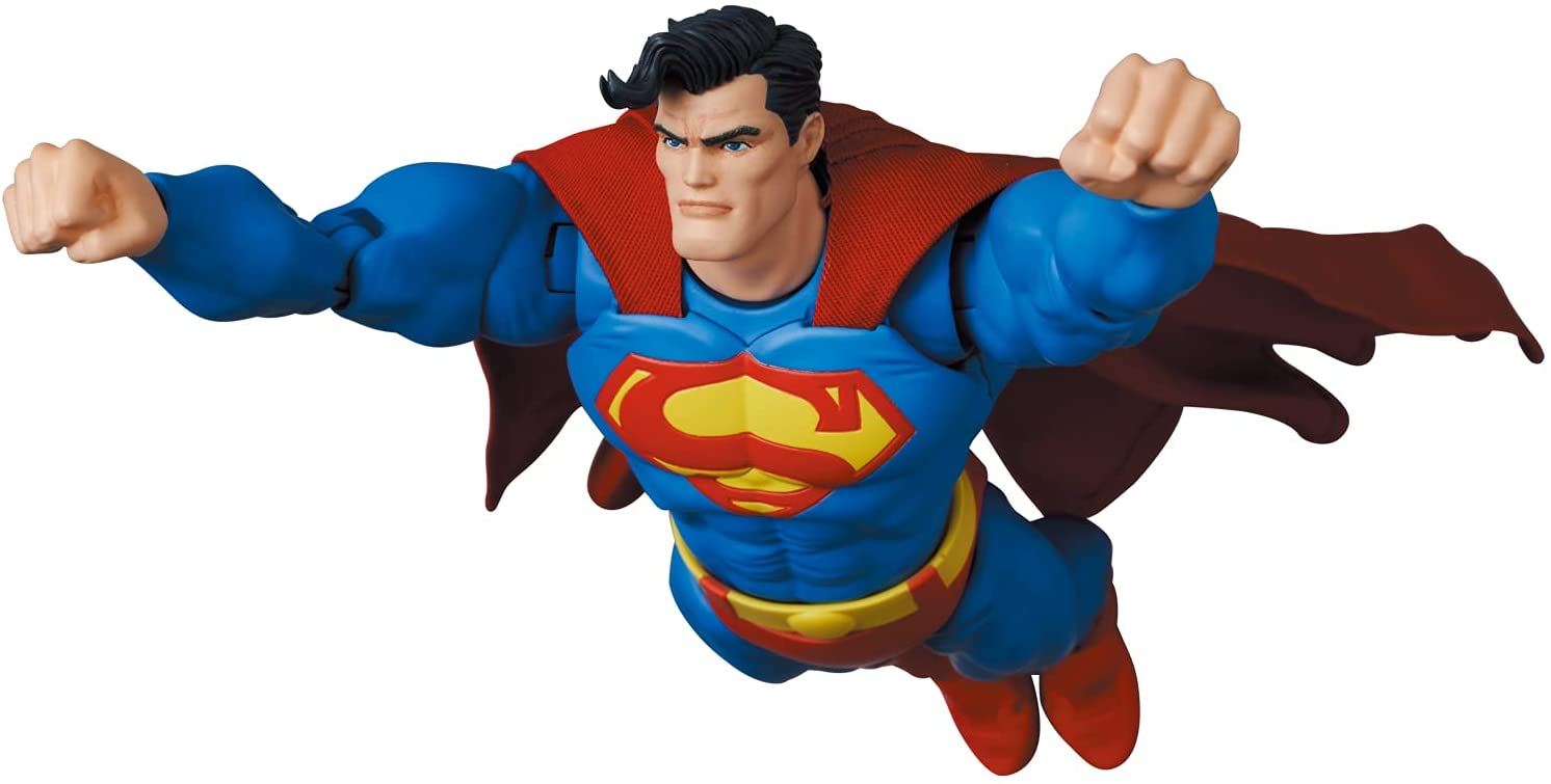 Link a Medicom_TDKR_Superman_05