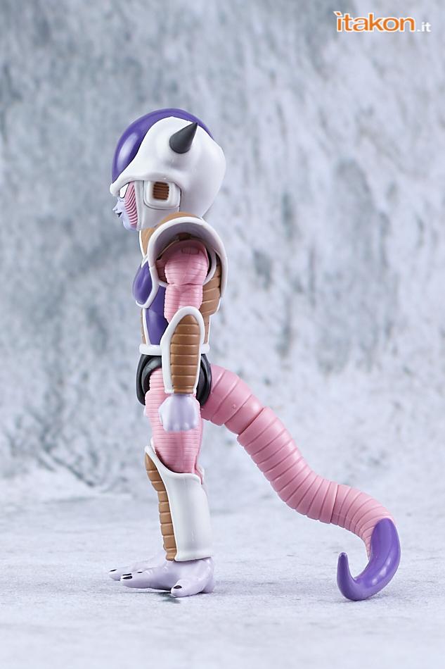 Link a Bandai Freezer (Frieza) First Form & Pod S.H.Figuarts da Dragon Ball Z – Recensione – (6)