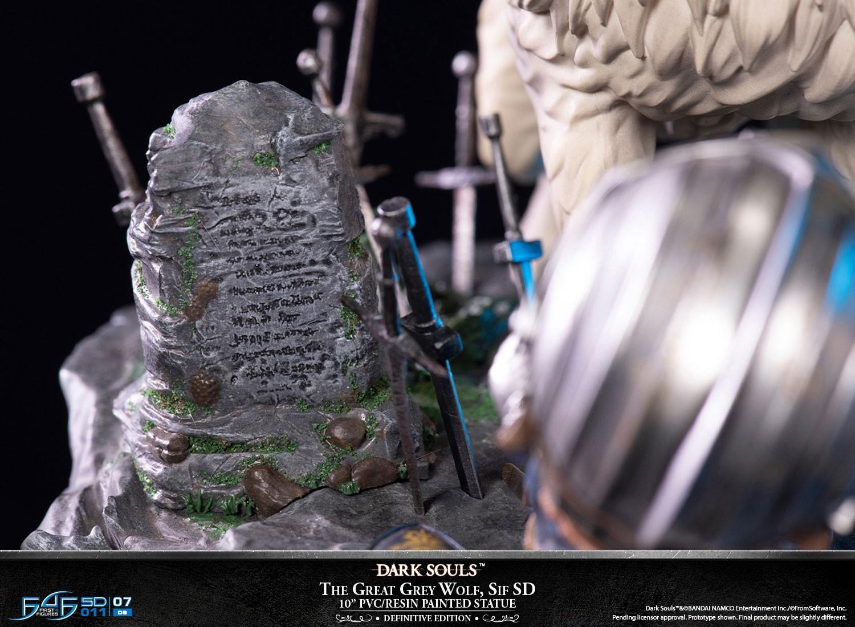 Link a F4F-Dark-Souls-Great-Grey-Wolf-Statue-Definitive-011