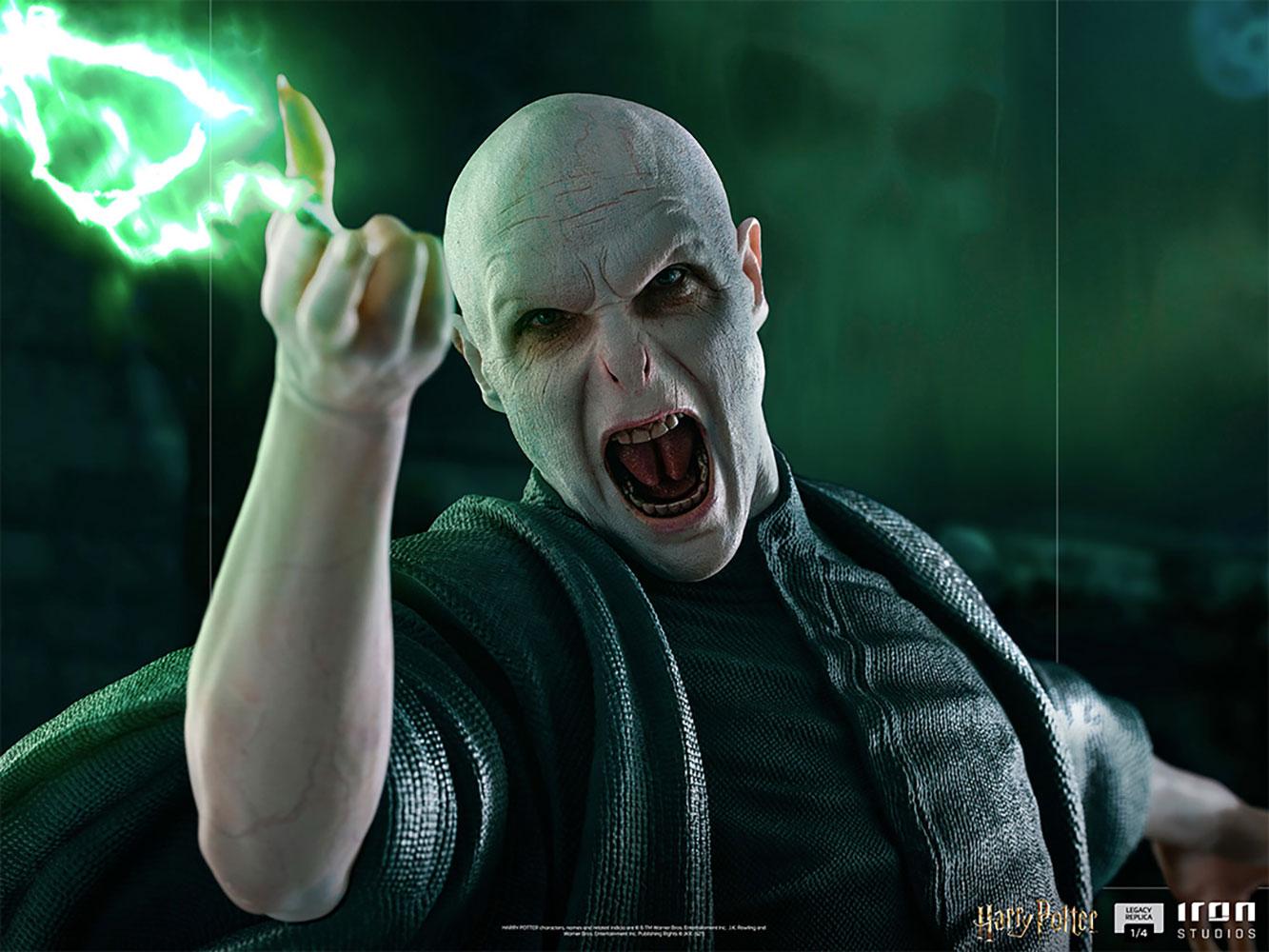 Link a Iron Studios_Voldemort and Nagini_12