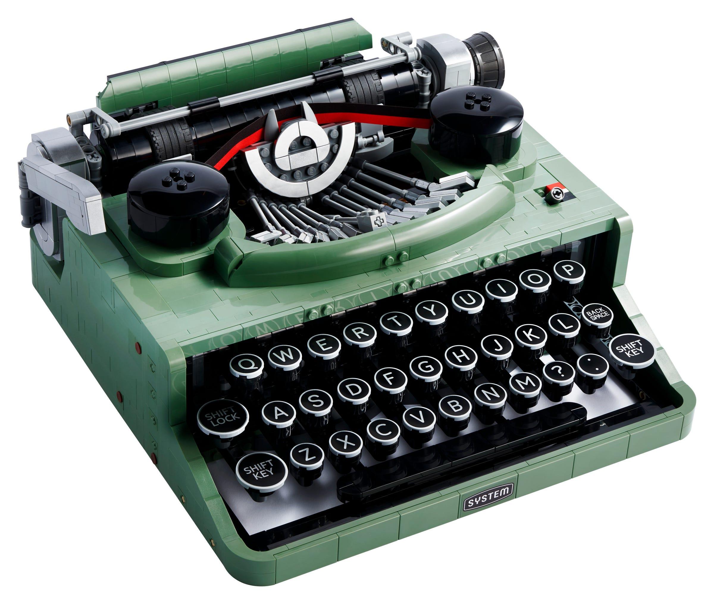 Link a LEGO Ideas arriva la Macchina da Scrivere funzionante! Set 21327 – (1)