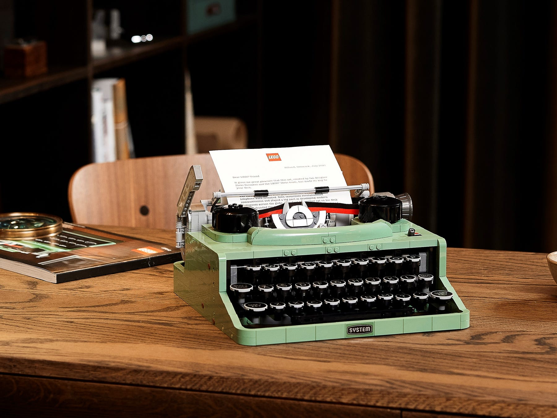 Link a LEGO Ideas arriva la Macchina da Scrivere funzionante! Set 21327 – (12)